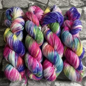 Handgefärbte Wolle Einhorn – Glamour gefärbte Wolle kaufen