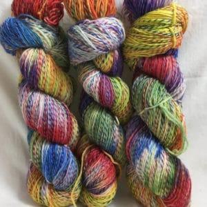 Rainbow - Handgefärbte Twister Wolle