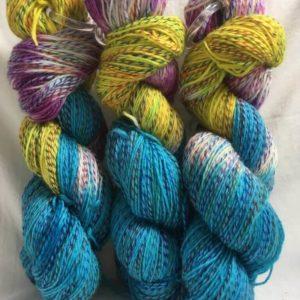 Singapur - Handgefärbte Twister Wolle