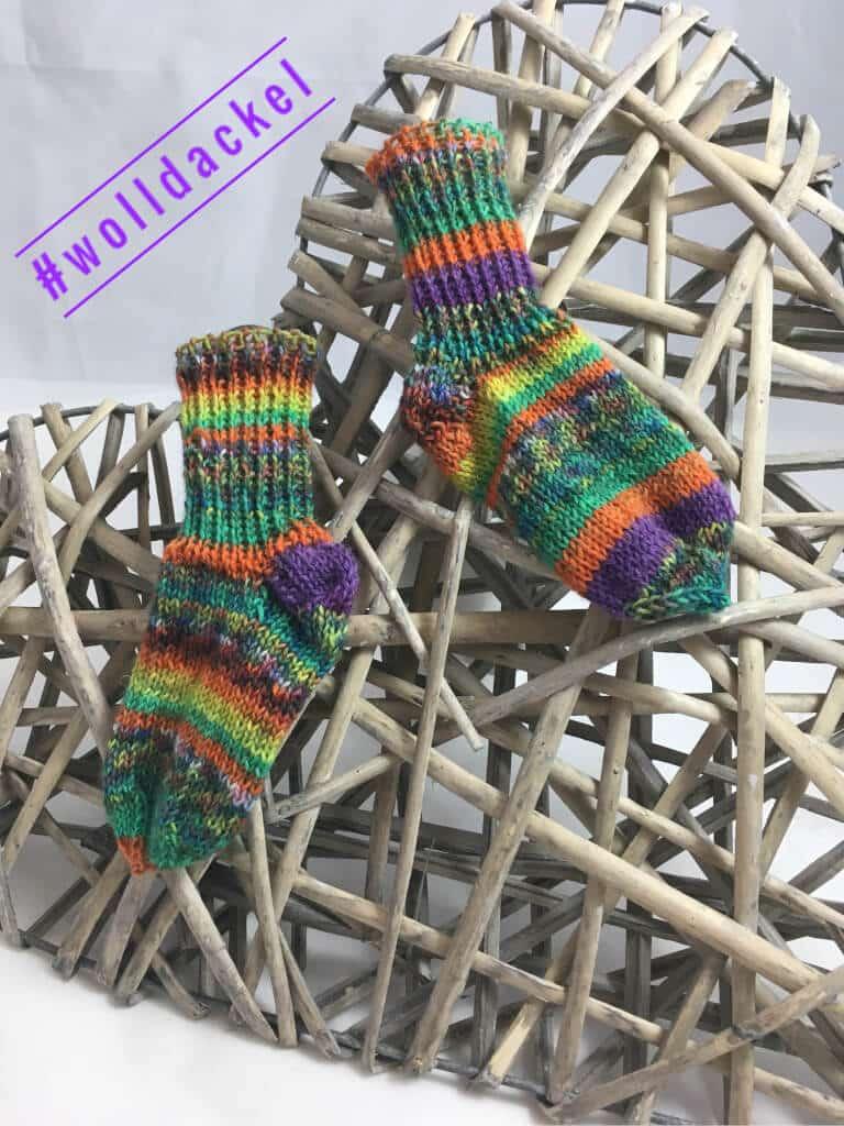 Galerie unserer Strickstücke aus handgefärbter Wolldackel Wolle