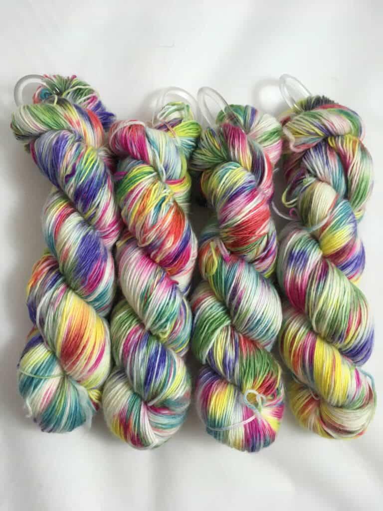 Einhorn - Handgefärbte Merino Wolle