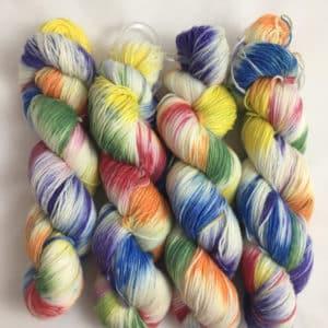 Rainbow - Handgefärbte Wolle