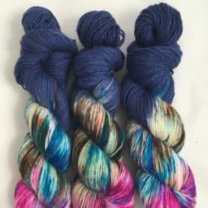 Blue Moon - handgefärbte Lanartus Wolle
