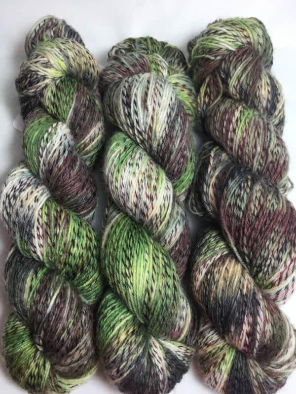 Military - Handgefärbte Twister Wolle