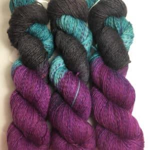 Mistery - Handgefärbte Twister Wolle