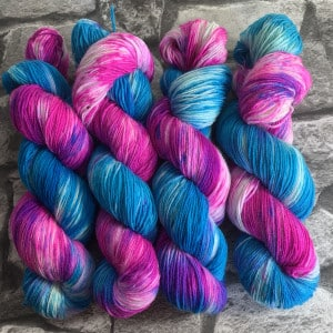 Handgefärbte Wolle Kensington – Classic gefärbte Wolle kaufen