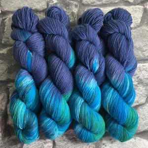 Handgefärbte Wolle Aquaman – Classic gefärbte Wolle kaufen