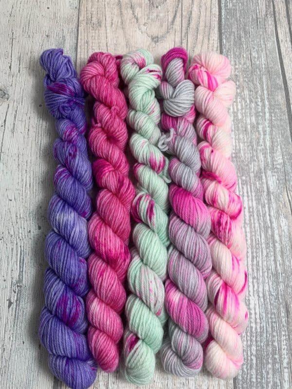 #9 faded pink - Merino Minis