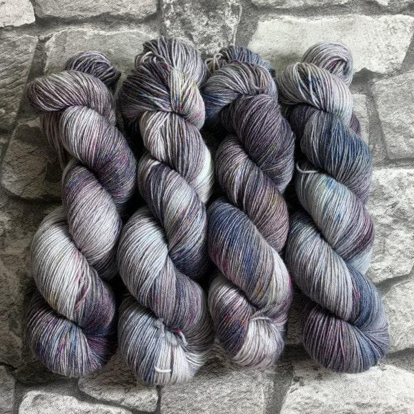 Handgefärbte Wolle Pathara – Classic gefärbte Wolle kaufen