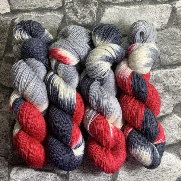Handgefärbte Wolle Old Vampire – Classic gefärbte Wolle kaufen