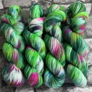Handgefärbte Wolle Dornröschen – Classic gefärbte Wolle kaufen