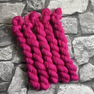 Handgefärbte Wolle Rahel – Classic – Mini gefärbte Wolle kaufen