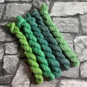 Handgefärbte Wolle Green Times – Minipack gefärbte Wolle kaufen