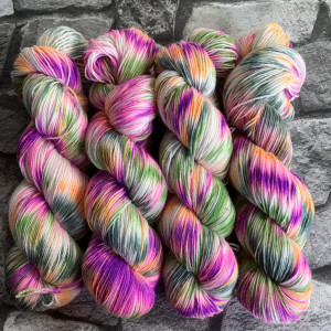 Handgefärbte Wolle Fairytale – Classic gefärbte Wolle kaufen
