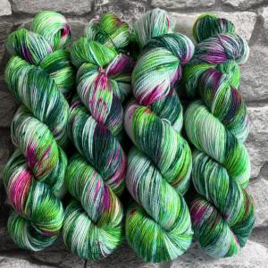 Handgefärbte Wolle Dornröschen – Pure gefärbte Wolle kaufen