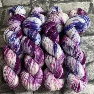 Handgefärbte Wolle Berries – Classic gefärbte Wolle kaufen