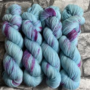 Handgefärbte Wolle Inspiring Princess – Classic gefärbte Wolle kaufen