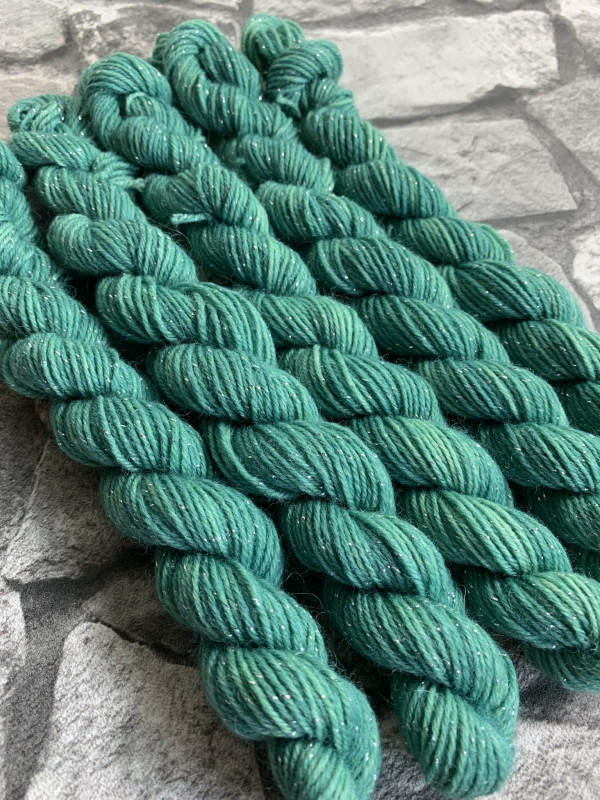 Handgefärbte Wolle Brad – Glamour – Mini gefärbte Wolle kaufen