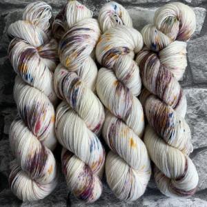 Handgefärbte Wolle Goldfinch – Classic gefärbte Wolle kaufen
