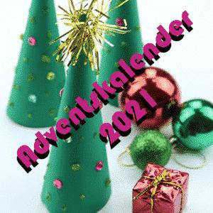 Ein Strang handgefärbte Wolle mit dem Namen Adventskalender 2021 von Wolldackel